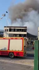 Aubervilliers : un entrepôt a pris feu - Témoins BFMTV
