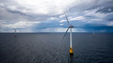 À 25 km des côtes de l'Écosse, 5 éoliennes flottantes d'origine Siemens ont été mises en service.