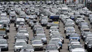 La prochaine fois que vous serez pris dans un embouteillage, la voiture de la file voisine sera peut être un modèle autonome.