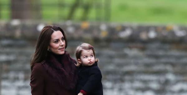 Kate Middleton et le prince William avec leurs deux enfants, le 25 décembre 2016