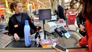 Hors-tabac, les prix à la consommation n'ont pas du tout augmenté en France en 2014, selon l'Insee.