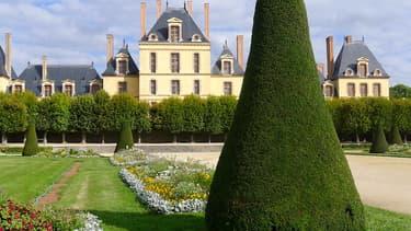 Le château de Fontainebleau.