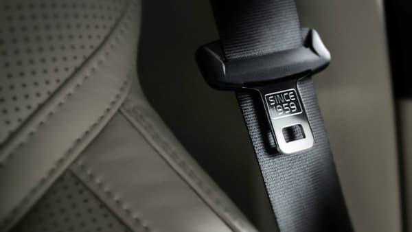 """Dans son dernier XC90, Volvo faisait mention de son invention discrètement sur les boucles de ceinture avec un """"since 1959""""."""