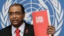 Le directeur exécutif de l'Onusida, Michel Sidibé. Environ 33,3 millions d'individus sont porteurs du VIH dans le monde mais les efforts de la communauté internationale commencent à freiner, voire même à inverser la courbe de la pandémie, selon le rapport