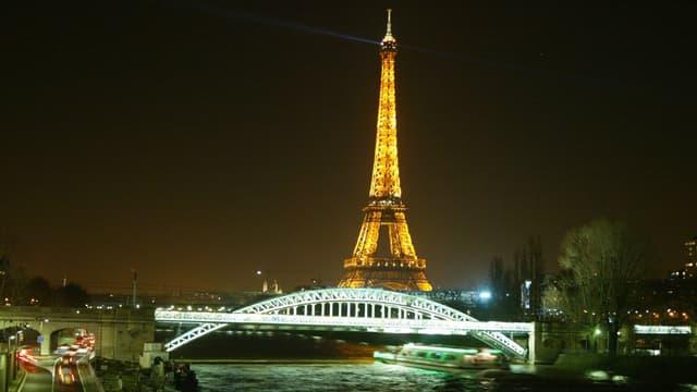 La pollution lumineuse est un problème pour de nombreuses espèces aux alentours des villes.