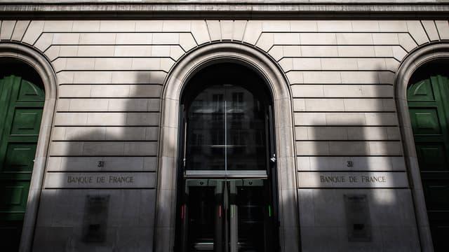 La Banque de France tablait jusqu'alors sur une hausse de 1,4% en 2016, puis de 1,5% en 2017 et 1,6% en 2018.