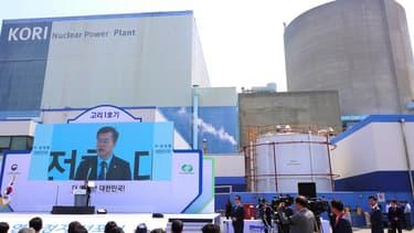 Le nouveau président sud-coréen Moon Jae-In a promis de renoncer aux projets de nouveaux réacteurs nucléaires, dans le cadre de sa politique visant à sortir le pays de l'atome.