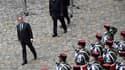 Par la présence du président de la République, c'est toute la France qui rend hommage aux 130 victimes des attentats.