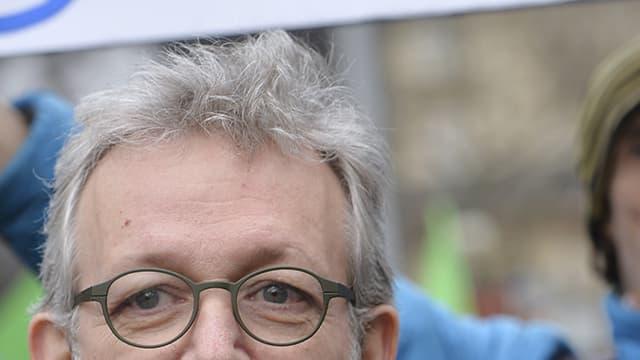 Pierre Laurent et Jean-Luc Mélenchon, côte à côte lors d'une manifestation en soutien à la Grèce en février 2015 à Paris.