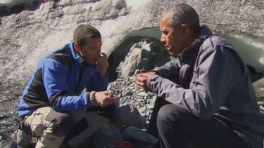Lors du tournage d'une émission de téléréalité en Alaska, le président américain Barack Obama s'est délecté d'un reste de saumon laissé par un ours.