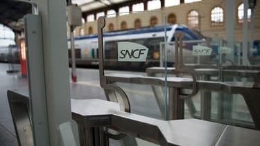 Au total, pendant la phase d'essai, 1 700 TGV, soit 325 000 clients, ont été contrôlés en passant par ces portiques.  (Photo d'illustration).