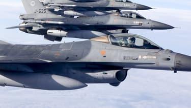 La Slovaquie doit acheter quatorze chasseurs F-16 Block 70/72, avec leurs armes et un programme de formation, pour un total de 1,58 milliard d'euros.