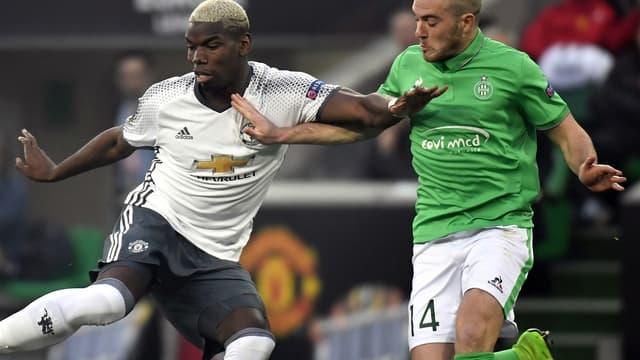 Paul Pogba au duel avec Jordan Veretout