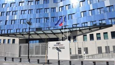 Le drame s'est produit à l'accueil du nouveau siège de la police judiciaire à Paris