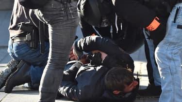Une interpellation de police à Rennes, le 23 février 2019.