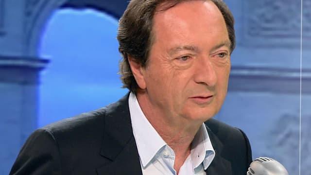 Michel-Edouard Leclerc s'en est pris au gouvernement, qui selon lui ne respecte pas sa promesse de ne pas augmenter les impôts en 20154.