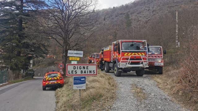 Les pompiers des Alpes-de-Haute-Provence sont mobilisés ce jeudi après-midi pour un incendie au niveau des thermes à Digne-les-Bains.