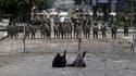Des partisanes de l'ancien président Mohamed Morsi participent au sit in devant la Garde républicaine, au Caire, ce lundi.