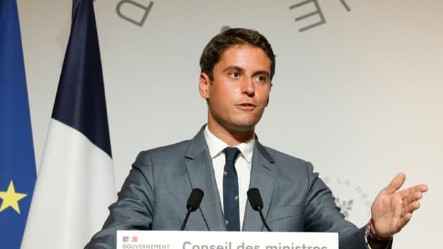 Le porte-parole du gouvernement Gabriel Attal s'exprime le 23 septembre 2020 à Paris