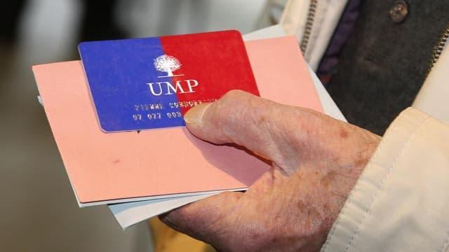 La crainte d'un nouveau fiasco à l'UMP a conduit samedi l'arbitre de la primaire du premier parti de droite français pour l'élection municipale à Paris en 2014 à exhorter les candidats à se taire. /Photo d'archives/REUTERS/Benoît Tessier