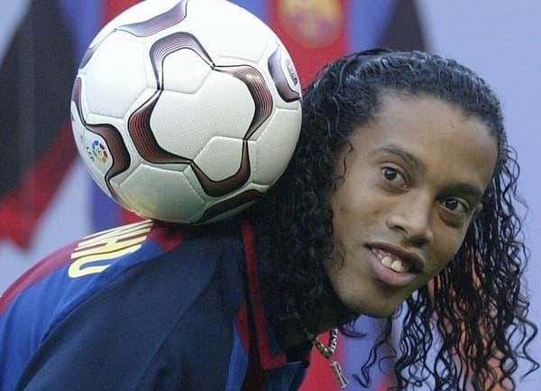 Ronaldinho lors de sa présentation au Barça en 2003