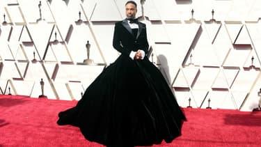 Billy Porter a fait sensation sur le tapis rouge des Oscars