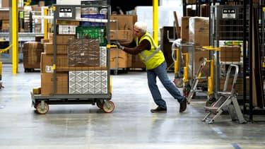 De nombreux colis sont livrés jusqu'au domicile du client par des entreprises sous-traitantes