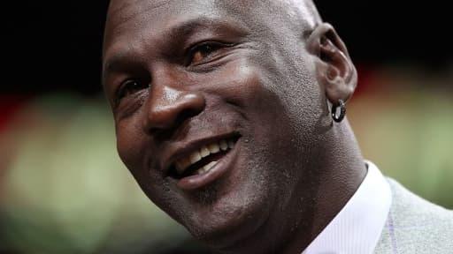 La légende du basket, Michael Jordan, a gagné 90 millions de dollars en 2013.