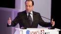 François Hollande a présenté samedi au forum Futurapolis, à Toulouse, ses propositions pour la recherche et l'innovation, proposant notamment d'accélérer le grand emprunt de Nicolas Sarkozy. /Photo prise le 11 février 2012/REUTERS/Jean-Philippe Arles