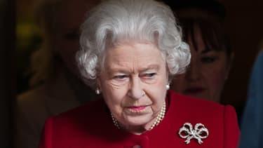 Elizabeth II lors de sa sortie le 4 mars dernier de  l'hôpital King Edward VII de Londres où elle avait été soignée pour une gastro-entérite..