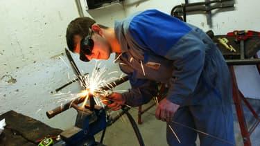 Selon le Conseil national de l'industrie, 70% des apprentis trouvent un emploi dans les sept mois suivant leur formation.
