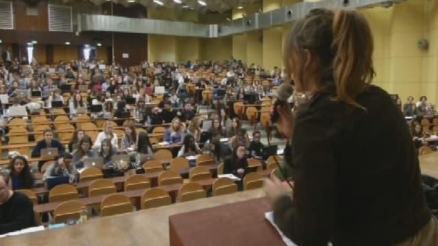 Une Assemblée générale de l'université de Bordeaux, lundi.