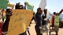 Une manifestation a rassemblé lundi une centaine de personnes sur l'archipel touristique de Lamu, au Kenya, pour protester contre le laxisme du gouvernement après l'enlèvement, ce week-end, d'une Française par un commando armé. /Photo prise le 3 octobre 2