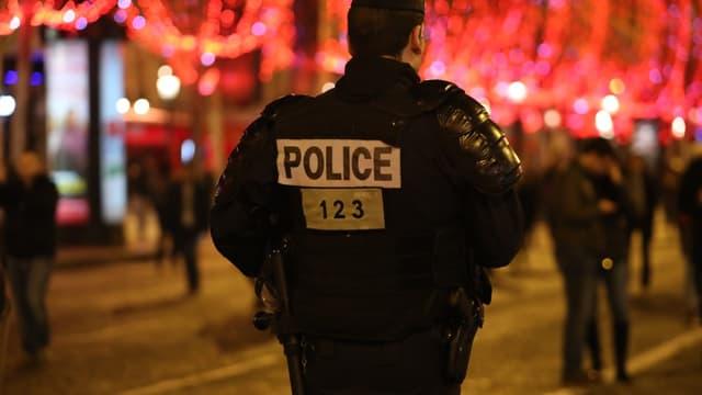 Un officier de police en patrouille (photo d'illustration)