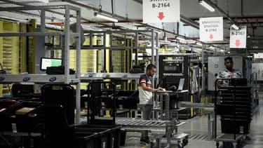 C'est un salarié du nouvel entrepôt Amazon francilien de Brétigny-sur-Orge (Essonne) qui a été placé en réanimation.
