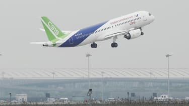 Le C919, l'avion moyen-courrier chinois dont le vol inaugural a eu lieu il y a deux semaines