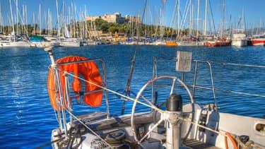 Dans le port de plaisance d'Antibes, dans les Alpes-Maritimes.