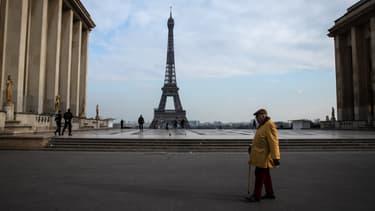 La Tour Eiffel le 17 mars 2020
