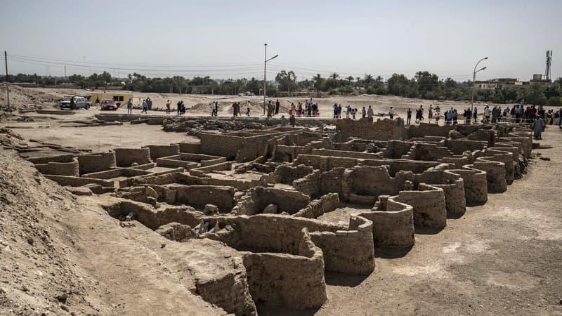 """Égypte: une """"portion seulement"""" d'une """"cité perdue"""" a été mise au jour"""