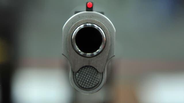 Un enfant de deux ans s'est tiré une balle dans la tête, aux Etats-Unis, en trouvant par hasard une arme chargée. (Photo d'illustration)