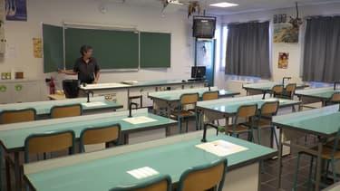 Une classe de sciences naturelles dans un collège de Marseille.