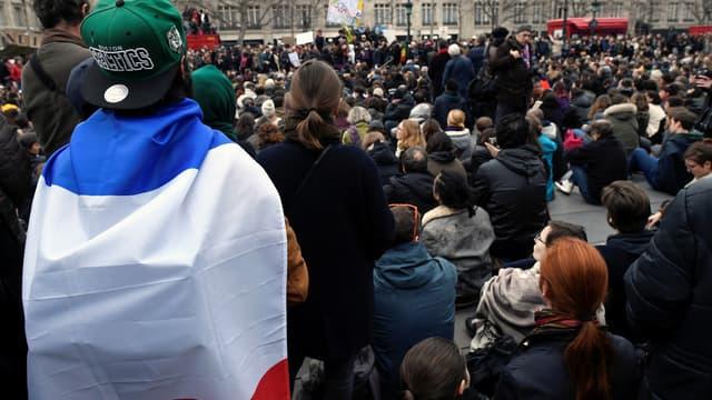 Des manifestants place de la République à Paris.