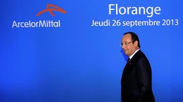 François Hollande s'apprête à s'adresser aux syndicats.