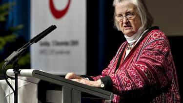 L'Américaine Elinor Ostrom, première femme lauréate du prix Nobel d'économie, en 2009, a succombé mardi à un cancer à l'âge de 78 ans. /Photo d'archives/REUTERS/Casper Christoffersen/Scanpix Denmark
