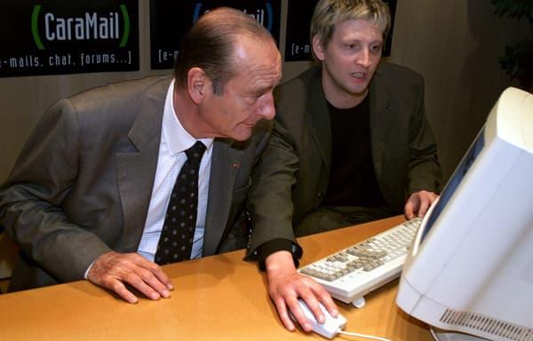 Jacques Chirac dans les locaux de Caramail, le 13 mars 2002