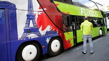 """Selon l'Autorité de régulation des transports (ART), """"entre 10,3 et 11,3 millions de voyageurs ont emprunté un car Macron"""" en 2019"""