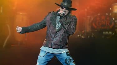 Axl Rose sur scène en mai 2014 -