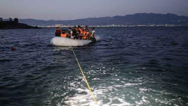 Une consule honoraire en Turquie représentant la France, propriétaire d'un magasin de ventes d'articles maritimes et qui à ce titre vend des canots aux réfugiés, a été suspendu ce vendredi. (Photo d'illustration)