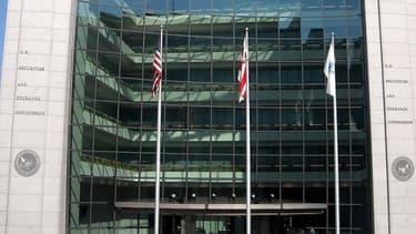 La SEC américain va forcer les grands groupes à plus de transparence sur les salaires des dirigeants.