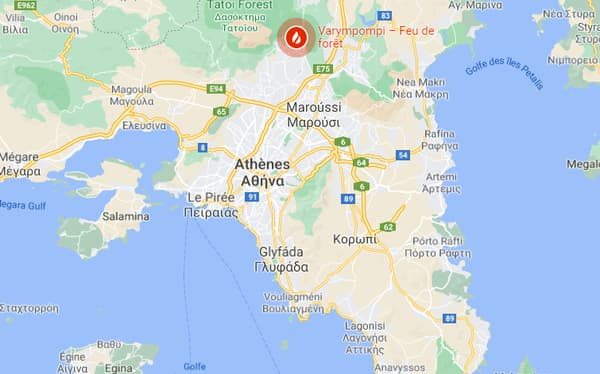 Carte de l'incendie en cours au nord d'Athènes, en Grèce, le 4 août 2021
